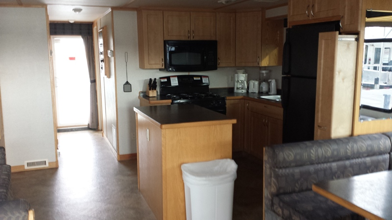HouseBoat_InteriorKitchen